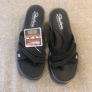 Skechers size 8 ladies memory foam wedge sandals